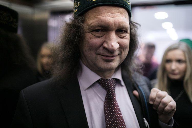 Директор школы «СОлНЦе» Павел Шмаков заявил о планах уехать из Казани