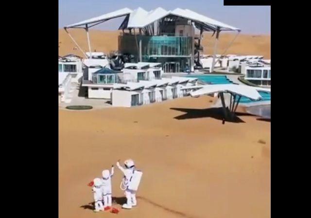 В пустыне Гоби открыли отель для желающих почувствовать себя марсианином