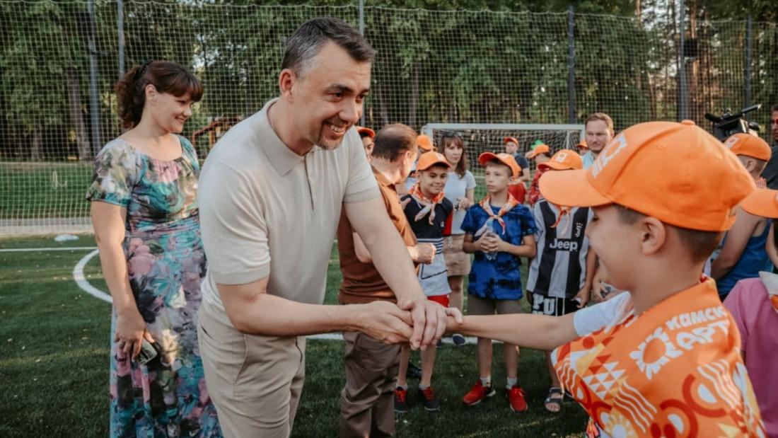 Глава Минмолодежи РТ: по программе кешбэка за детский отдых выкуплено 13 000 путевок