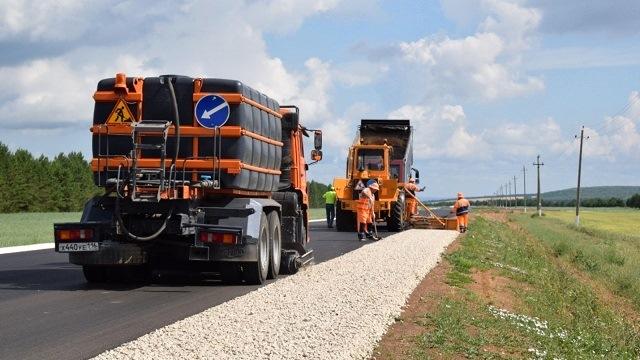В Татарстане по нацпроекту ремонтируют автодорогу Мензелинск - Тогашево