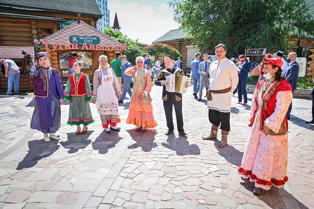 Татарский язык вошел в топ-3 самых распространенных языков России
