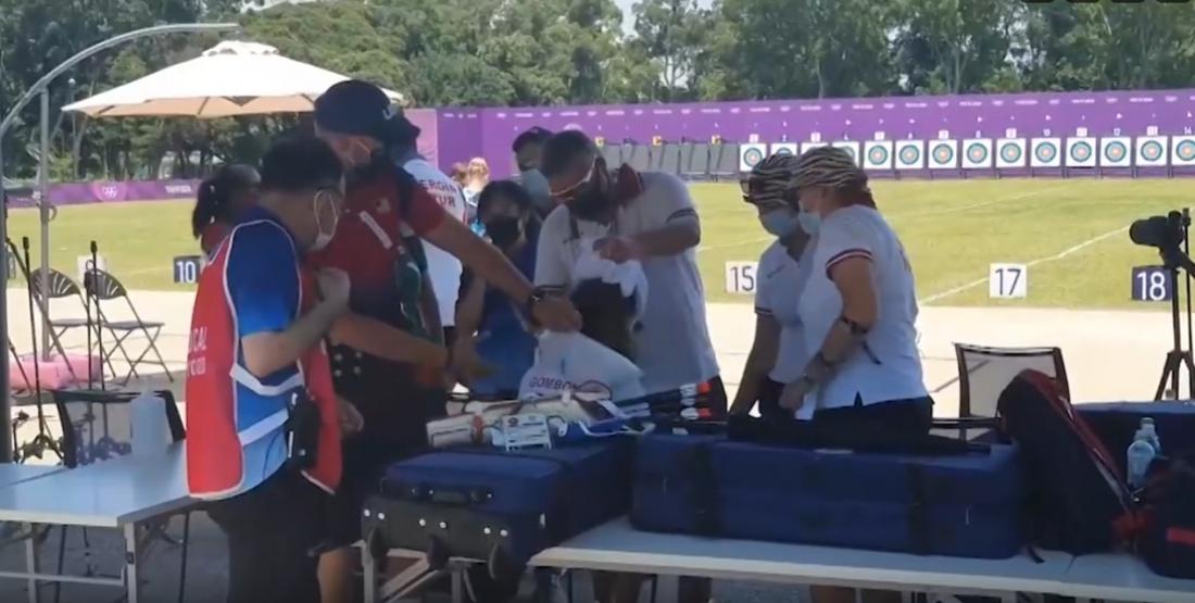 Страшное видео: лучница из России потеряла сознание на Олимпиаде в Токио