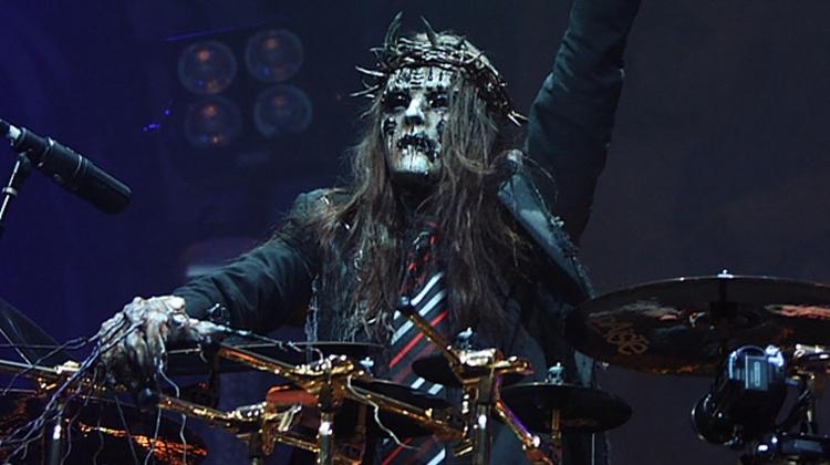 Легендарный барабанщик из Slipknot Джои Джордисон умер во сне в возрасте 46 лет