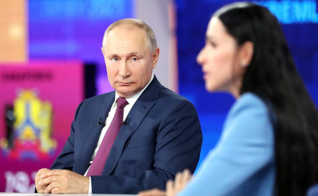 В работу переданы около 1 млн вопросов, поступивших во время прямой линии с Путиным
