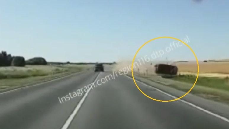 Момент смертельной аварии на трассе в Татарстане попал на видео