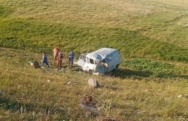 В Татарстане в вылетевшей с дороги «буханке» погиб мужчина