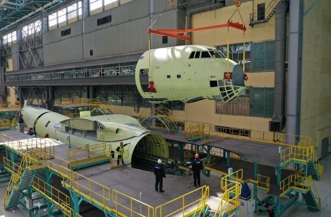 На авиазаводе в Казани с нуля собрали глубоко модернизированный Ту-160М