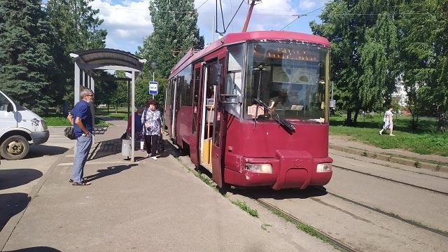 В Казани продолжается ремонт трамвайных путей