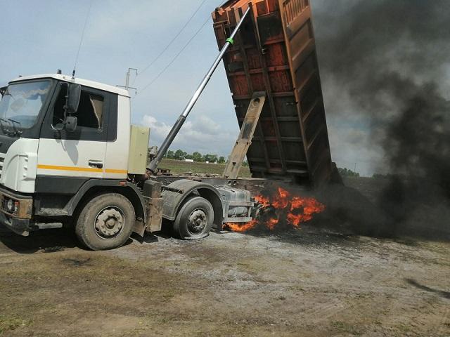 В РТ погиб задевший высоковольтные провода при разгрузке щебня водитель «Камаза»