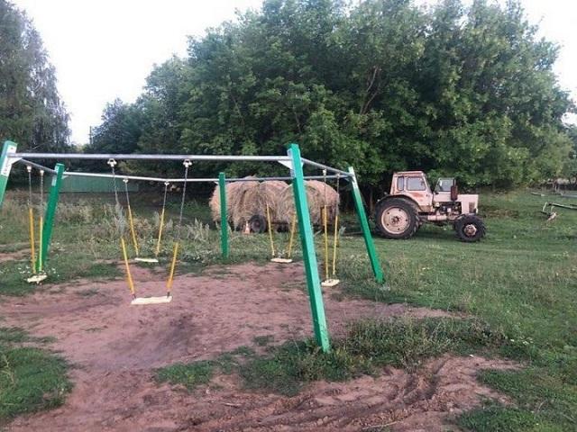 Трактор насмерть задавил ребенка в Татарстане