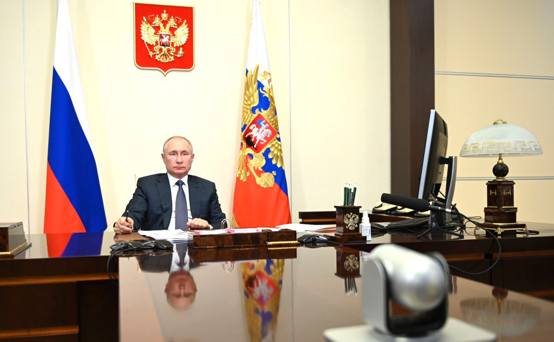 Путин присвоил 448 ракетной бригаде имя конструктора Непобедимого