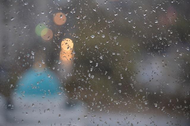 Синоптиклар татарстанлыларны киләсе сәгатьләрдә яшен һәм көчле җил булуы турында кисәтте