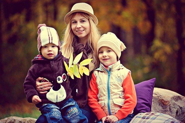 Минтруд решил изменить правила начисления соцвыплат на детей от 3 до 7 лет