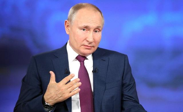 Песков не знает, привился ли Путин от гриппа