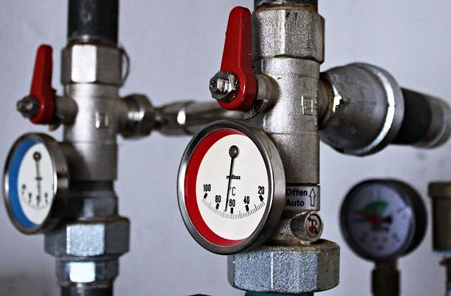Власти Нижнекамска сообщили о подаче тепла в жилые дома