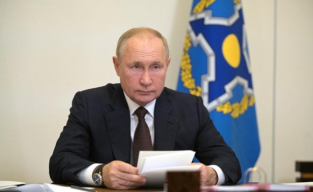 Путин считает бегством вывод войск США из Афганистана