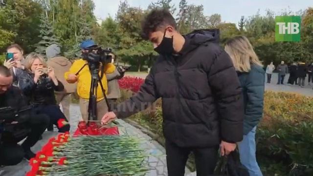 В Казани появился мемориал в память о погибших при стрельбе в Пермском университете