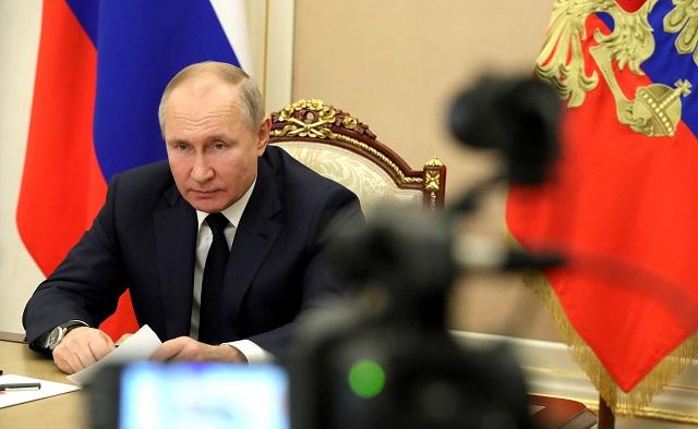 Песков рассказал об образе жизни Путина на самоизоляции