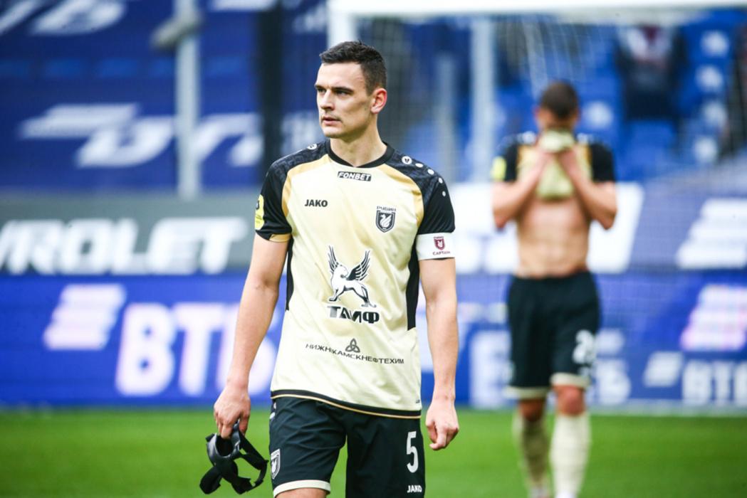 «Рубин» заигрался в Football Manager: почему команда Слуцкого угодила в глубокий кризис