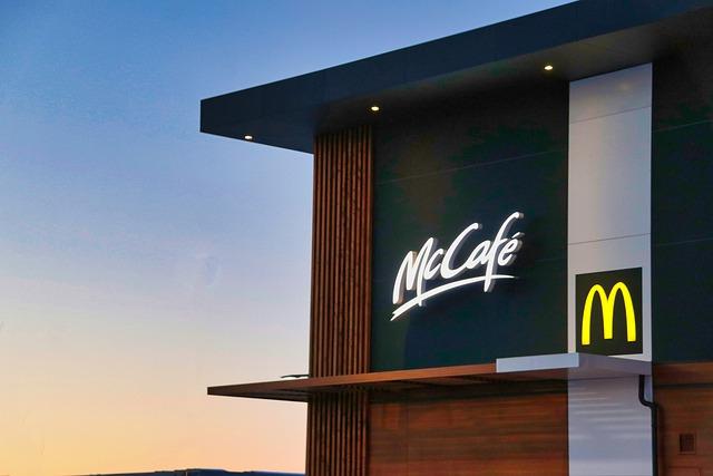 Жители Нижнекамска объявили войну McDonald's