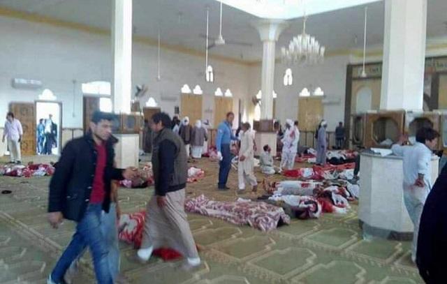 В результате взрыва прогремевшего в мечети Афганистана погибли около 100 человек
